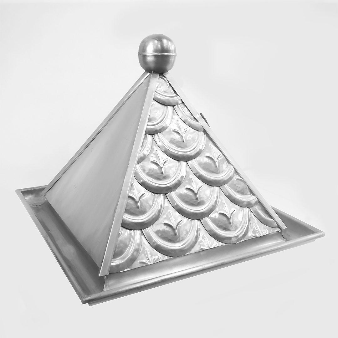 Ozdobny daszek nad drzwi (techniki krycia)